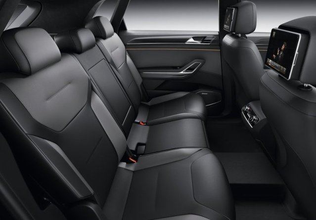VW_CROSSBLUE_COUPE_Concept_seats_pic-8