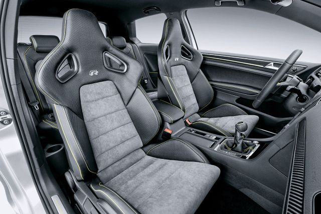 VW_GOLF_R-400_interior-pic-7