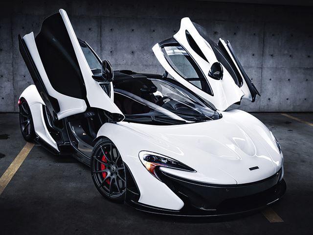 White_McLaren_P1_pic-5